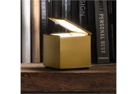 Tischleuchte CuboLED 2W 2700°K gold matt  230V L=10x10 H=11
